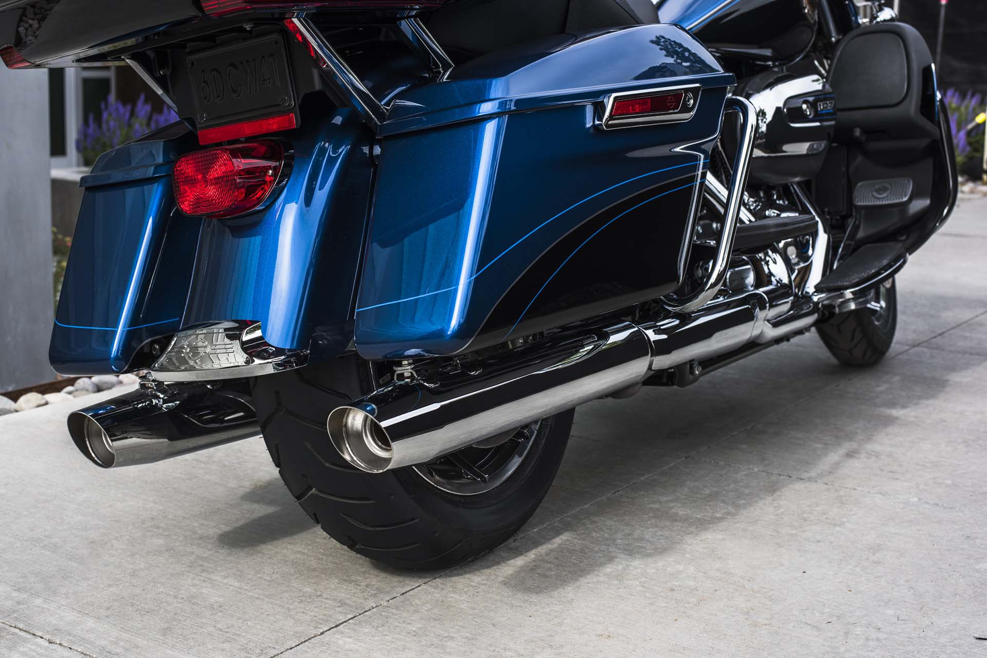 FLHTK ANV Electra Glide Ultra Limited Anniversary Archive • Thunderbike