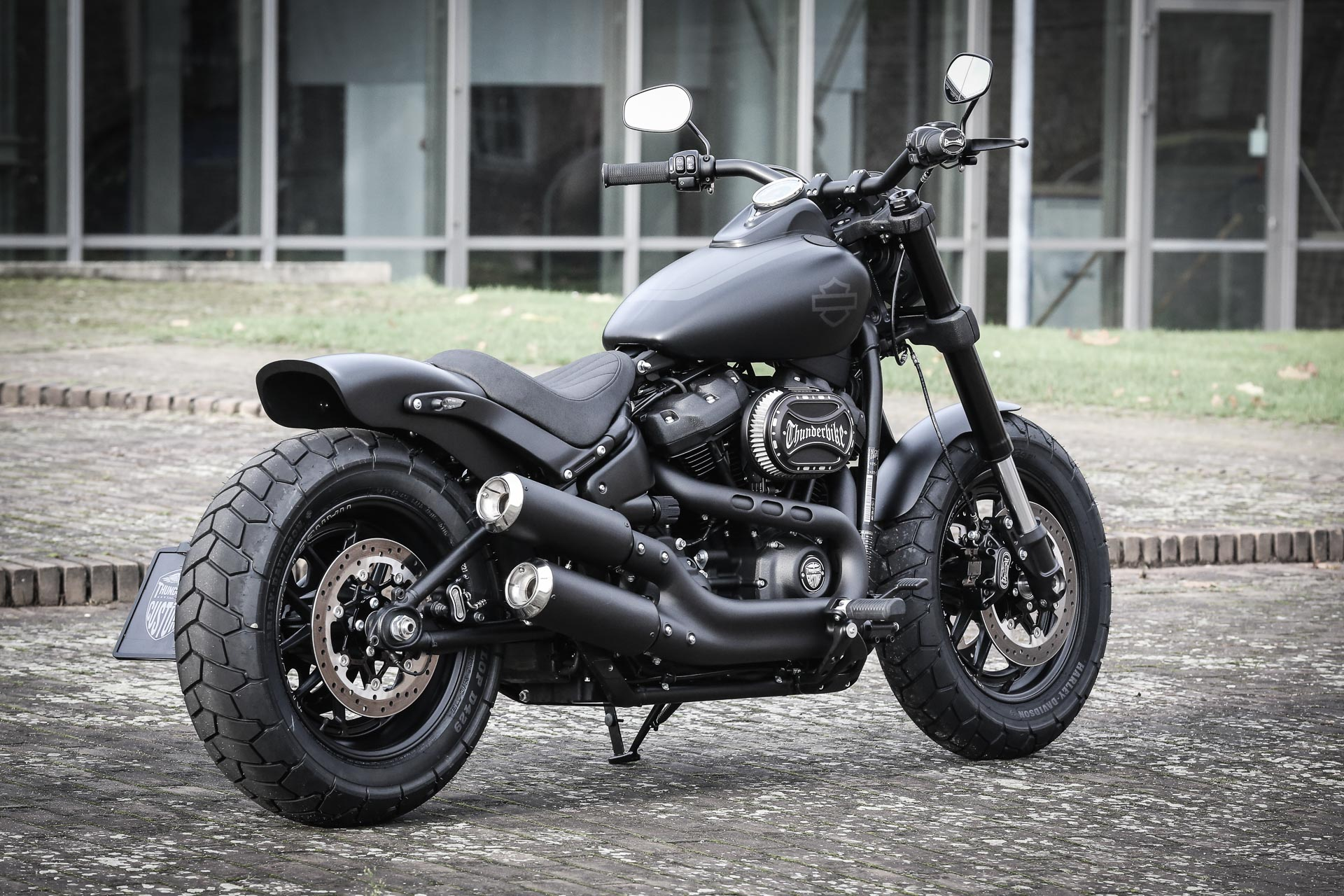 thunderbike mr pepper h d fat bob fxfbs softail 114cui umbau. Black Bedroom Furniture Sets. Home Design Ideas