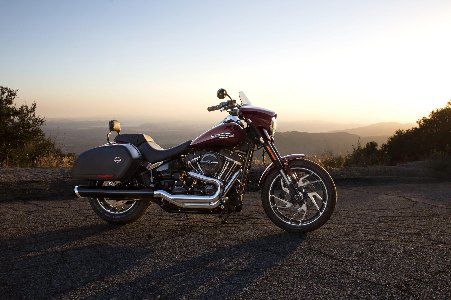 Harley-Davidson Sport Glide Neufahrzeug kaufen bei Thunderbike