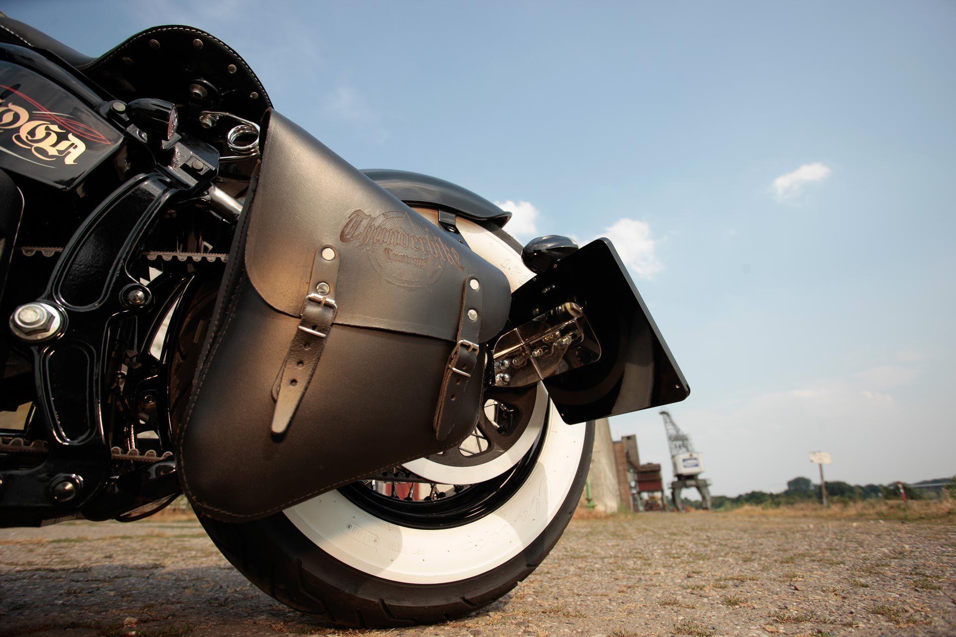 Thunderbike Pure Rodderz • H-D Cross Bones FLSTSB Softail Umbau